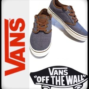 "VANS ""OFF THE WALL"" YOUTH SKATER SNEAKER - SIZE 4"